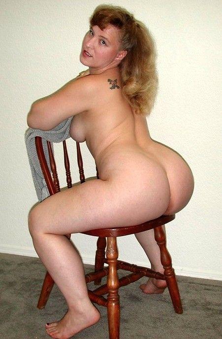 http://www.sexyplumpbabes.com/-/curvy-voluptuous-women/065/08.jpg